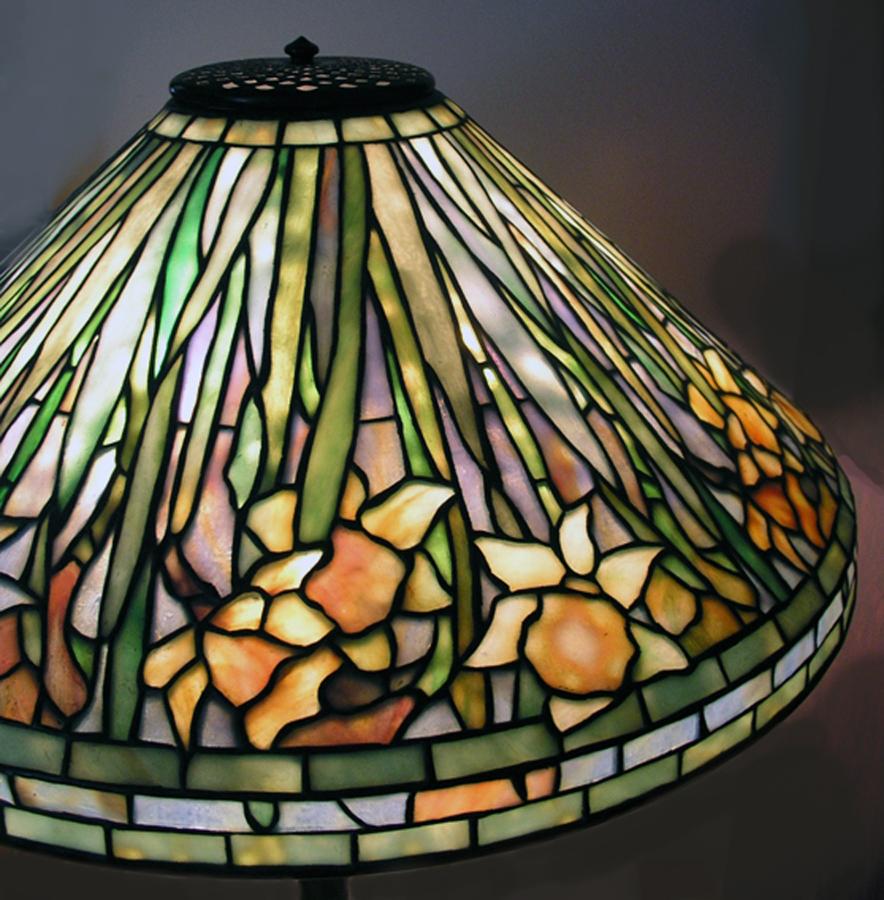 Abajur-de-vidro-Louis-Comfort-Tiffany-Co