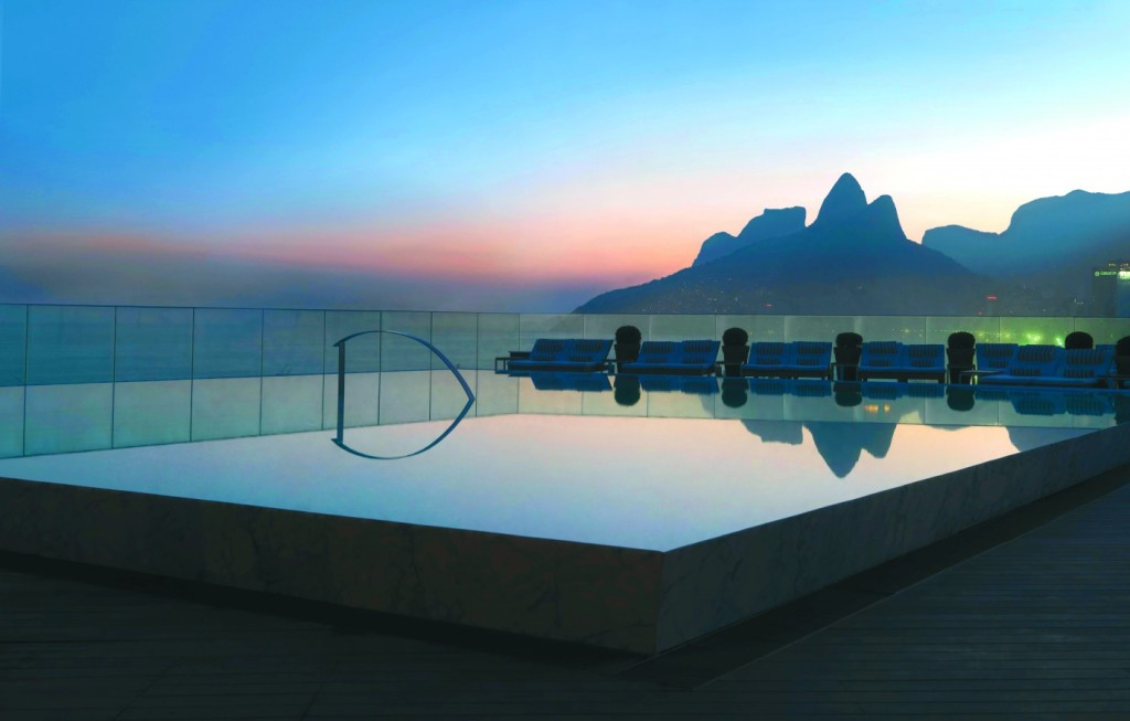 Hotel-Fasano-Rio-de-Janeiro_Pool-Sunset_01-1411x900