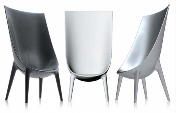 philippe-starck-eugeni-quitllet-out-in-armchair-1
