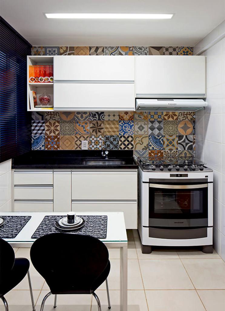 13-ladrilho-hidraulico-parede-cozinha