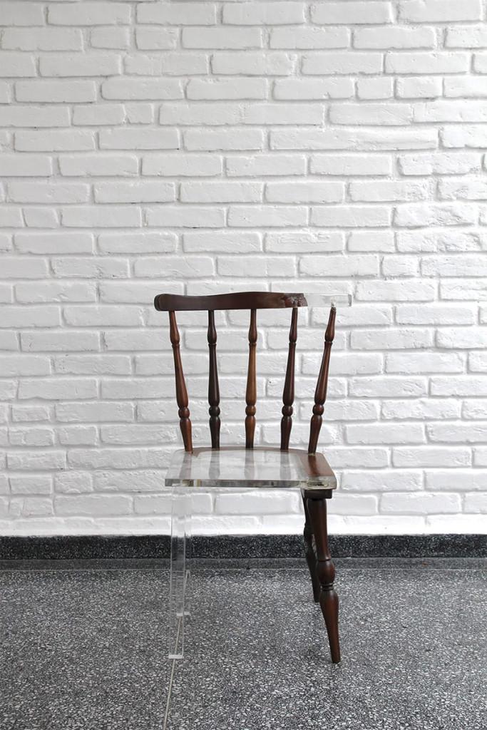 01-cadeira-madeira-acrilico