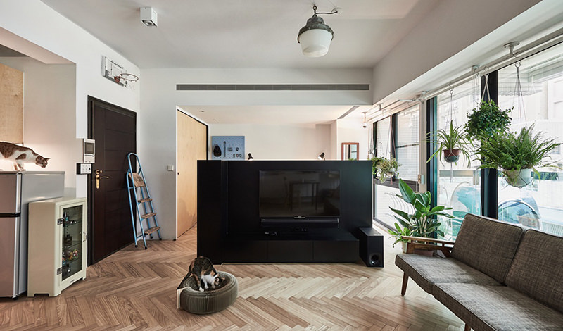10-televisao-cabeceira-cama