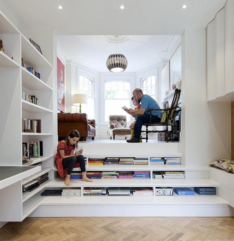 11-escada-com-livro-braca