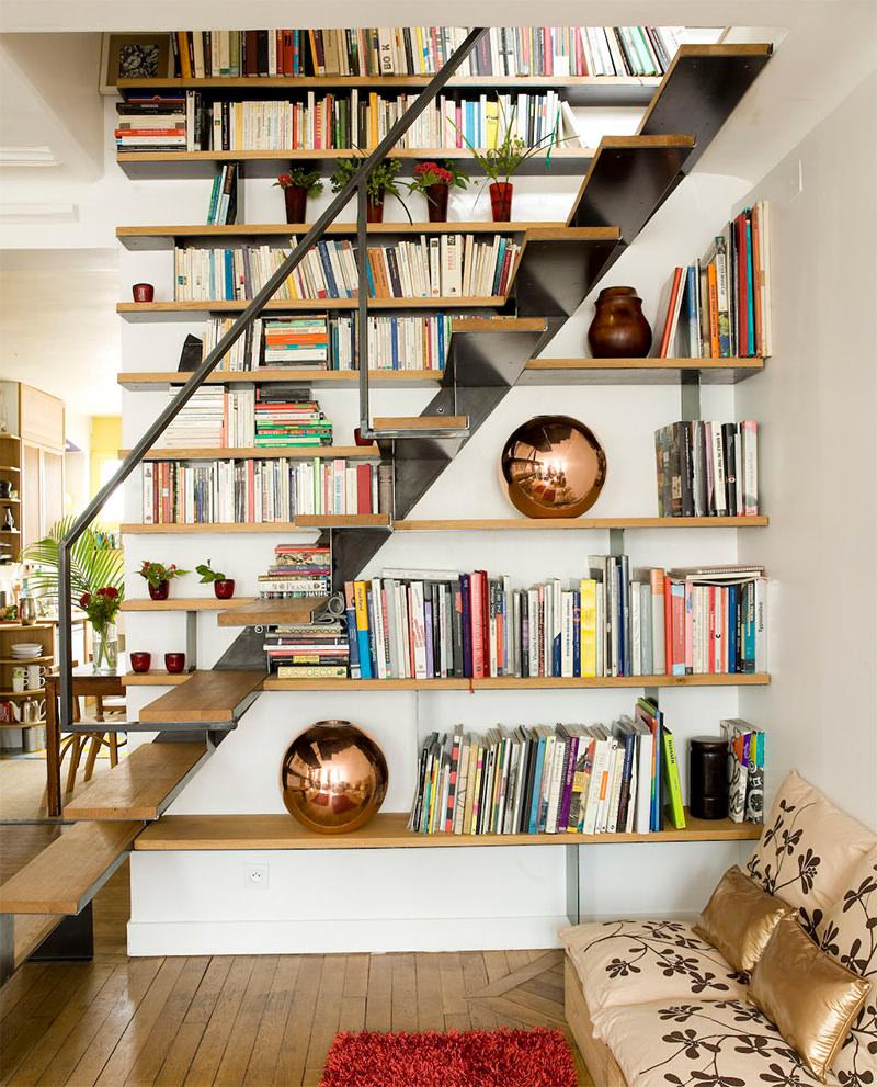 4-escada-madeira-degraus-e-prateleiras-e-estrutura-ferro